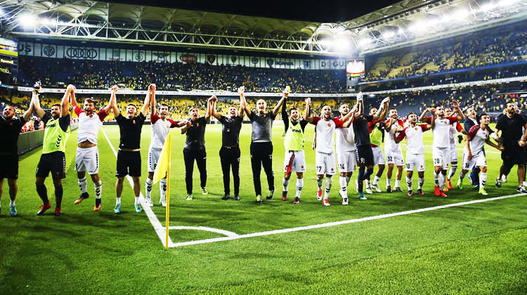"""Makedonya yanıyor! """"İstanbul'u fethettik"""""""