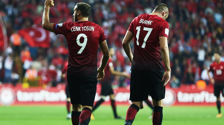 Türkiye - İzlanda maçına yoğun ilgi!