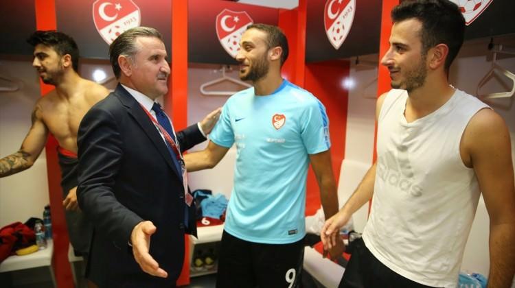 'Türkler bitti demeden hiçbir şey bitmez'