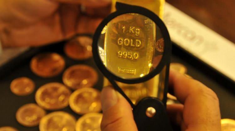 Hazine 2 bin ton altın için düğmeye basıyor
