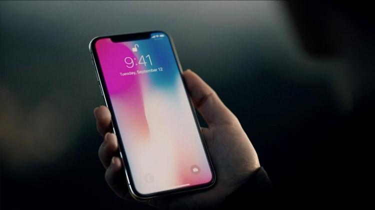 iPhone X alacaklara kötü haber: Boşuna beklemeyin