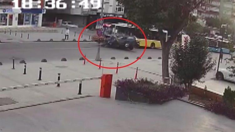 Kadıköy'deki korkunç kazanın yeni görüntüleri!