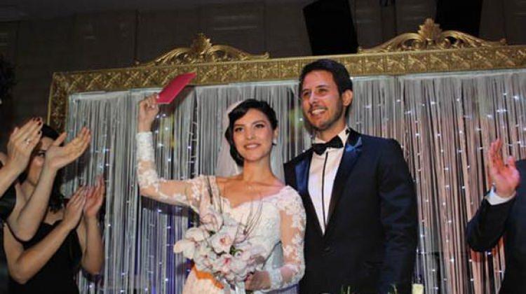 Hazal Filiz Küçükköse ve Tuan Tunalı boşanıyor!