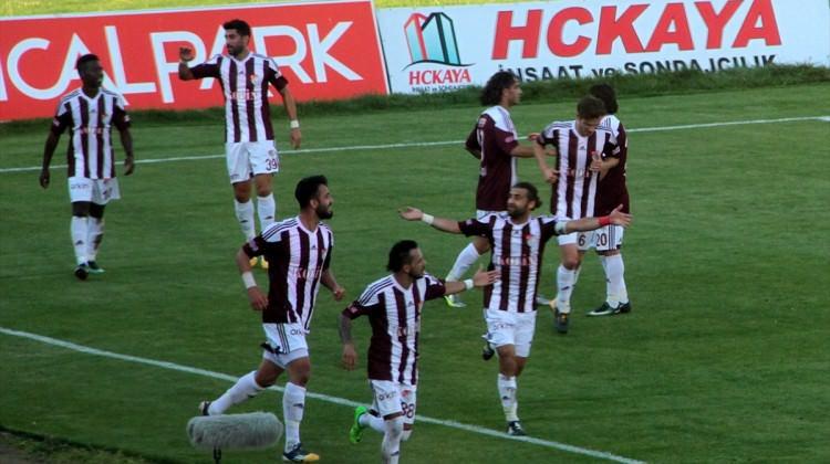 Elazığspor Rize'ye acımadı! 3 puanı 3 golle aldı