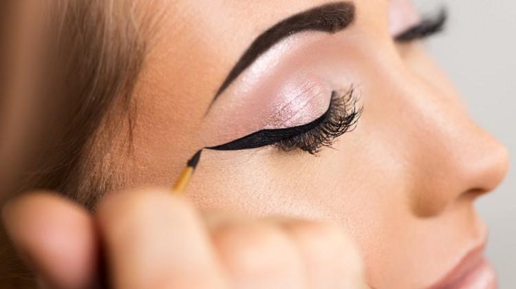 Son zamanların en iyi 10 eyelinerı