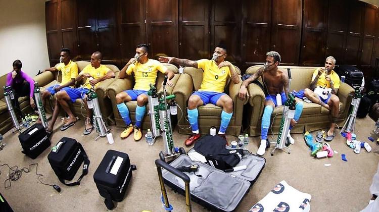 Milyonluk futbolcular oksijensiz kaldı!