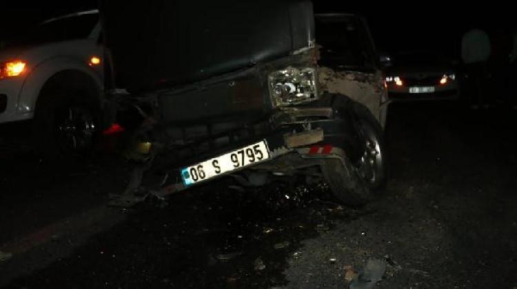 Kahta'da zincirleme kaza: 6 yaralı