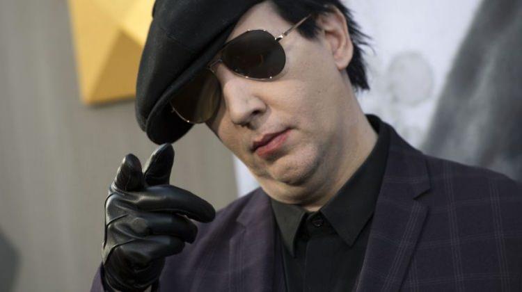 Marilyn Manson ölümden döndü