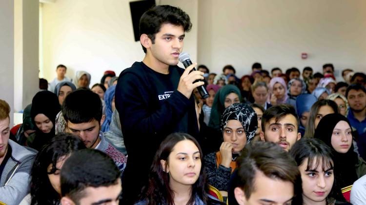 Üniversite adaylarına ücretsiz eğitim başladı