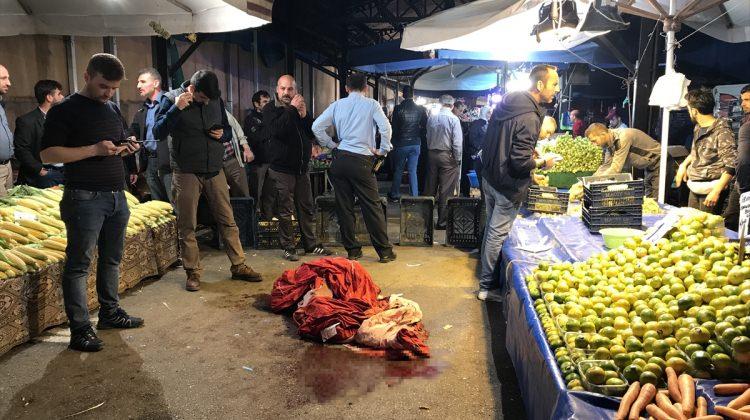 Bursa'da pazar yerinde silahlı kavga: 2 yaralı