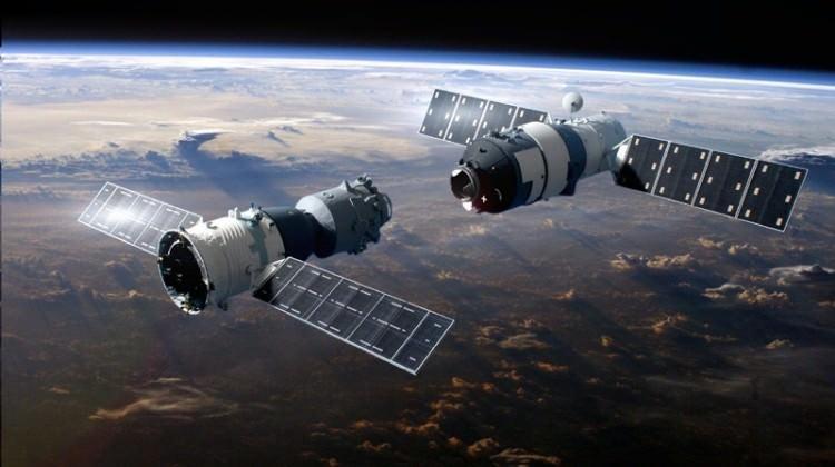 Dünya'ya düşüyor! Çin'in uydusu kontrolü kaybetti