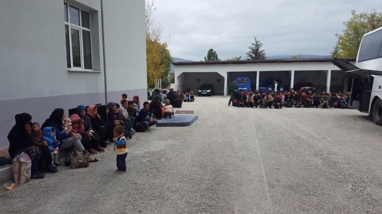Çankırı'da 45 kişilik otobüste 136 kaçak yakalandı