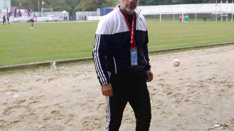 Sinopspor Teknik Direktörü Akbayrak: