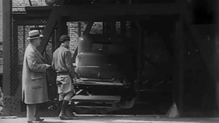 85 sene önce park sorunu böyle çözmüşler!