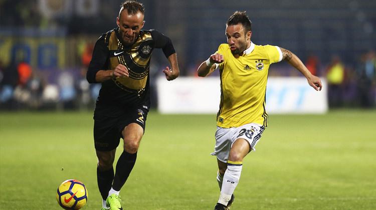 Fenerbahçe 'bir bir' eriyor