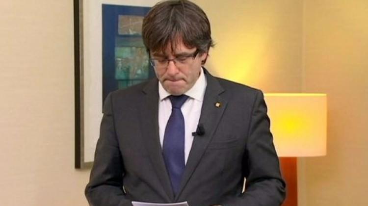 Katalan lider Puigdemont teslim oldu!