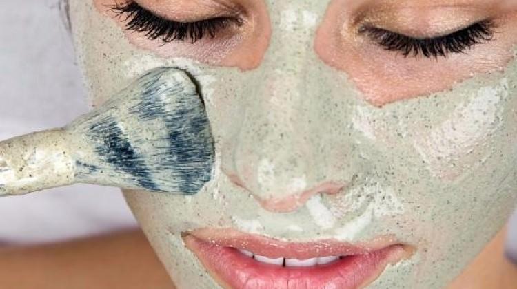 Cildi canlandırıcı 'Bezelye maskesi'