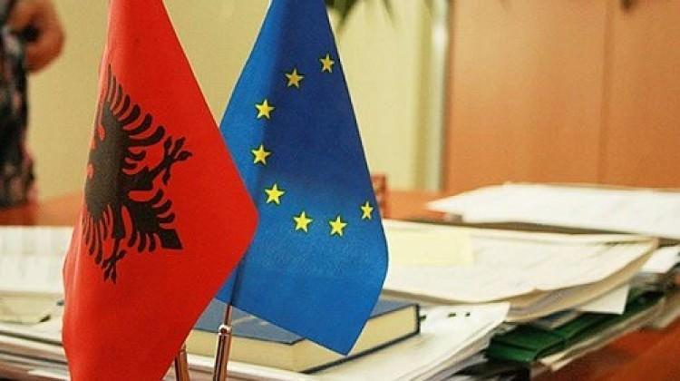 Arnavutluk'un AB üyeliğine Hırvatistan'dan destek