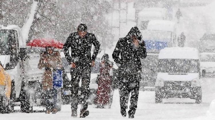 Dondurucu kar soğukları geliyor! Hava sıcaklıkları ne zaman düşecek?