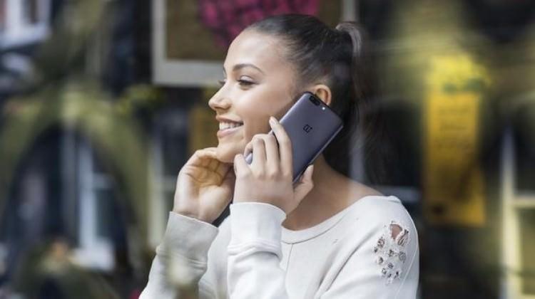 Bu telefonla çekilen selfielerinizi nete düşüyor