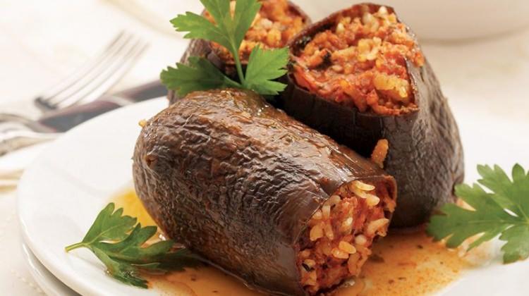 Reyhanlı köfteleri patlıcan dolması tarifi