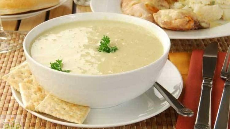 Sarımsaklı un çorbası tarifi