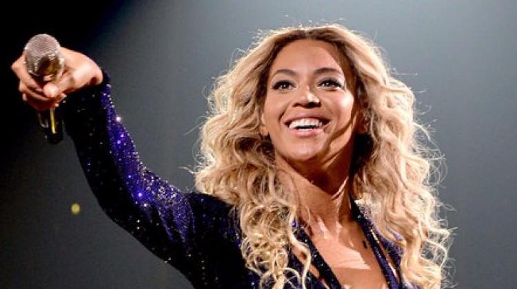 """Müzik dünyasının en çok kazanan kadını """"Beyonce"""""""