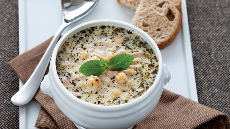 Erişteli yayla çorbası tarifi