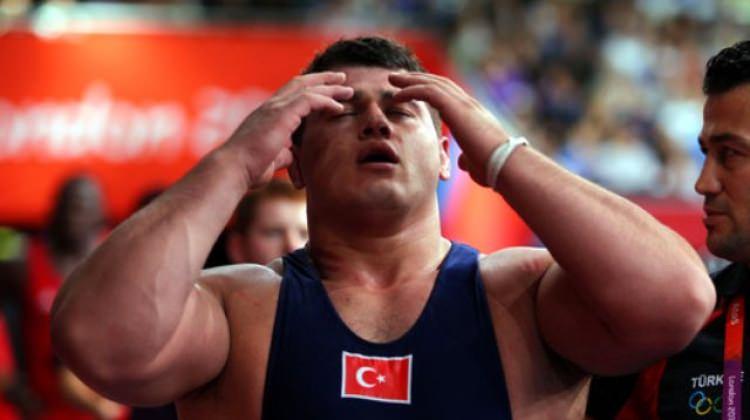 Milli güreşçi Rıza Kayaalp'i yıkan haber!