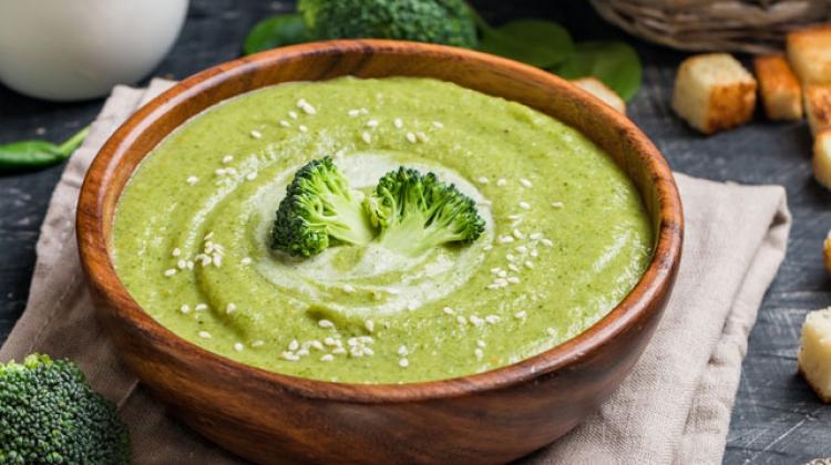 Zerdeçallı brokoli çorbası tarifi