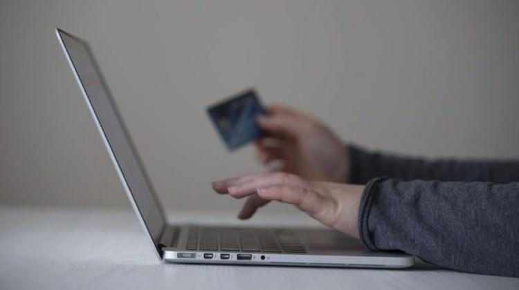 1,6 milyon kişinin bilgileri hack'lendi!