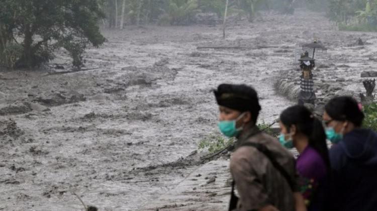 Endonezya'da ölü sayısı yükseldi