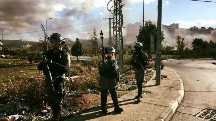 Filistin ayakta...İsrail polisi yine saldırdı!