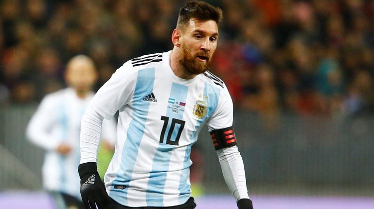 Messi: Herkes gibi benim için de sürpriz oldu