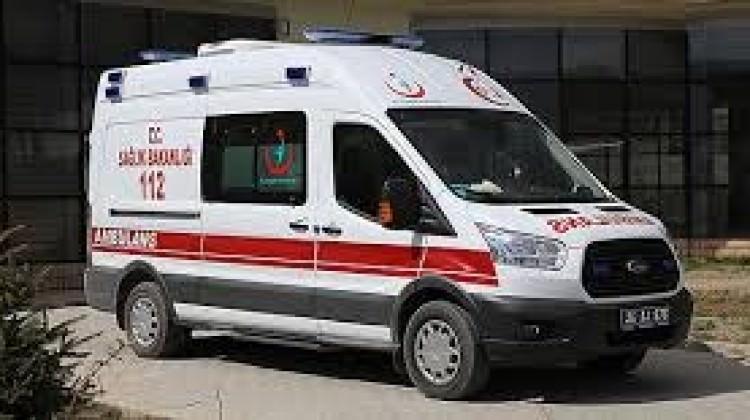 Midibüs sürerken kalp krizi geçirdi! Otomobile...