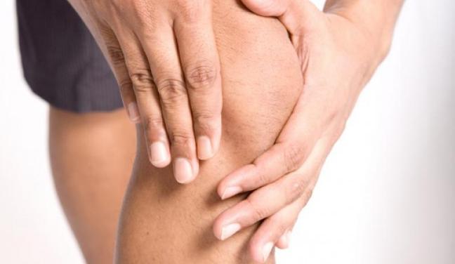 huzursuz bacak sendromu nedir belirtileri nelerdir nasil tedavi edilir saglik haberleri