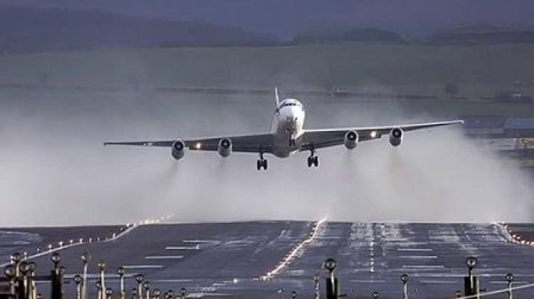 Avrupa'da kasırga şoku! THY uçakları geri döndü