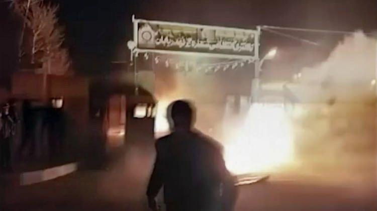 İran'da şaşırtan slogan! Kahrolsun ABD yerine...