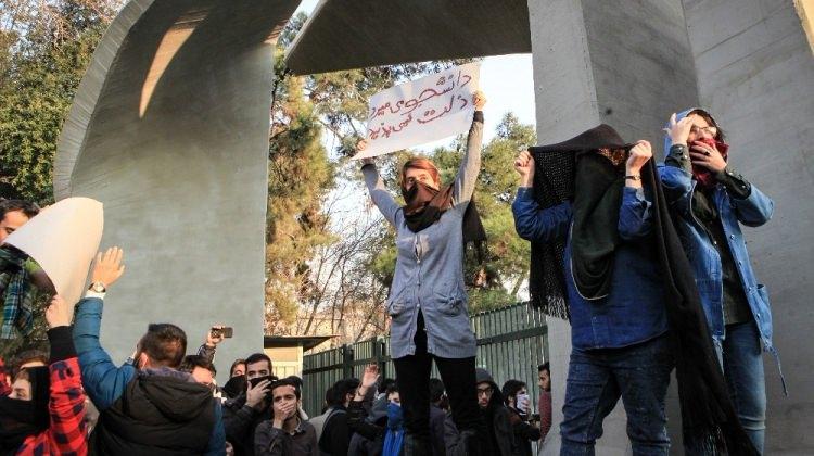 ABD'nin istediği oluyor! İran'da ölü sayısı arttı