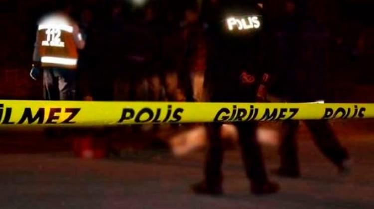 Bakırköy'de polisten kaçan şahıs vuruldu