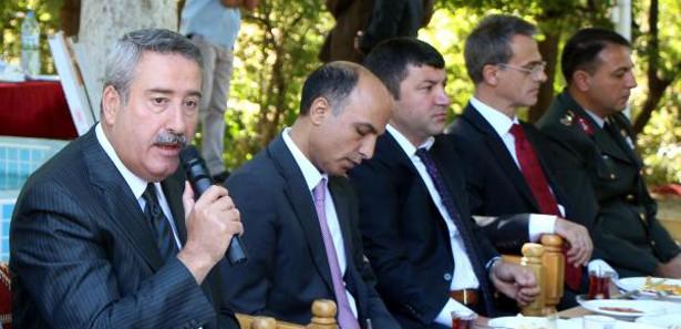 Diyarbakır Valisi Kıraç'ın kaçak elektrik isyanı