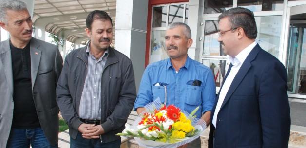 Erdoğan'ı tebrik için 700 km'lik yola çıktı