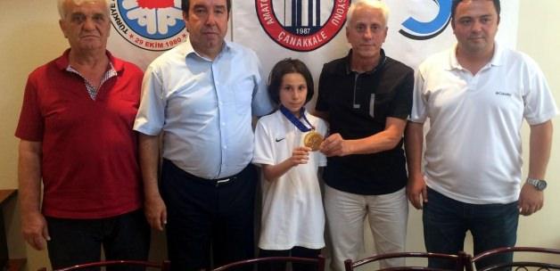 Avrupa şampiyonu tekvandocuya altın ödülü