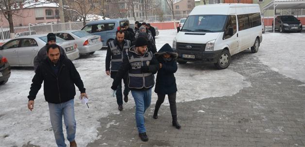 Iğdır'da gümrük operasyonu: 17 gözaltı