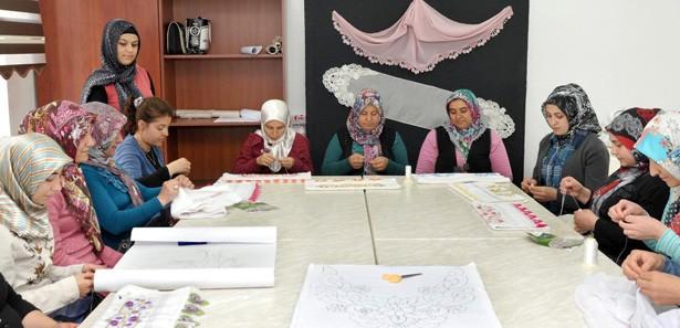 Kadınların yeni adresi Tenzile Erdoğan