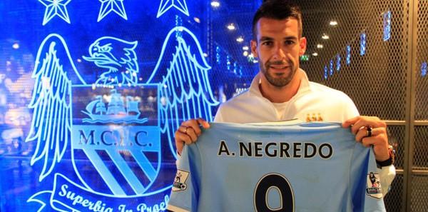 Manchester City, Negredo'yu tanıttı!