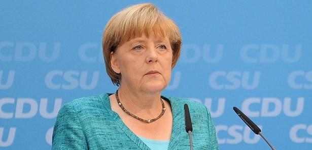 Merkel'den Mısır'la ilgili flaş açıklama