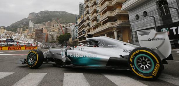 Monaco GP'de açılış Hamilton'dan
