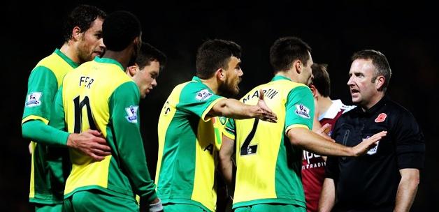 Norwich City'de bir ilk! Masraflar futbolculardan!