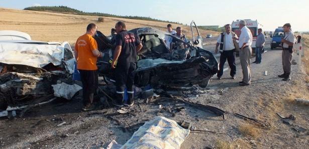Kastamonu'da trafik kazası: 2 ölü, 3 yaralı